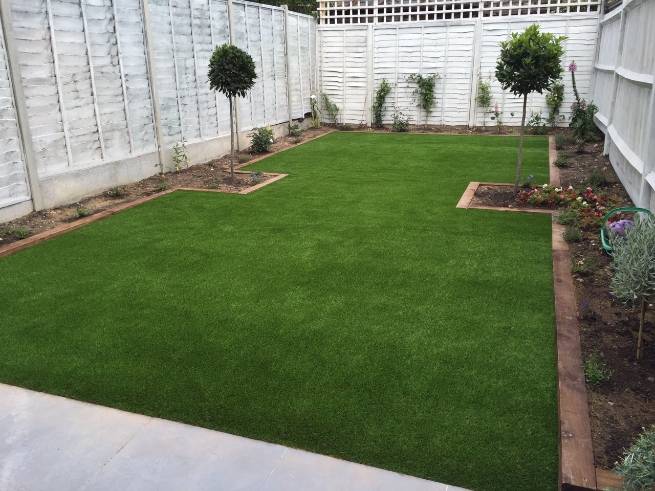 artificial grass, surrey, installation, garden, artificial grass installation in surrey